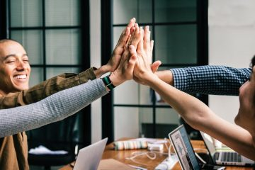 How AI Empowers Sales Teams to Thrive in the Field